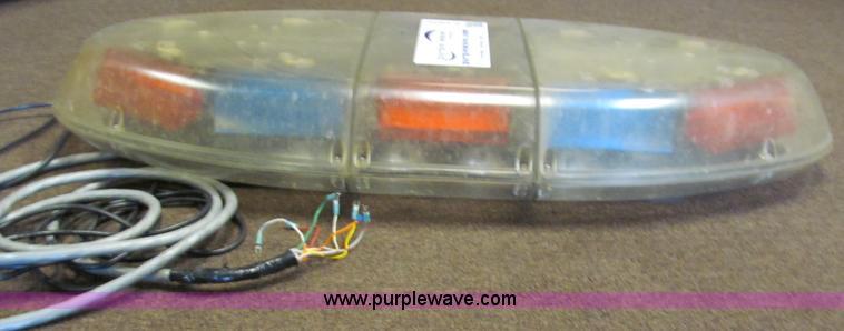 Federal signal vista strobe light bar item e5905 sold a e5905 image for item e5905 federal signal vista strobe light bar aloadofball Image collections