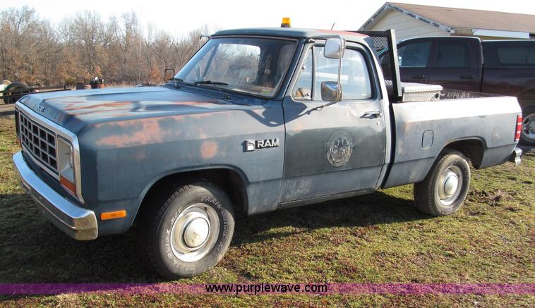 1985 Dodge D150 Pickup Truck No Reserve Auction On