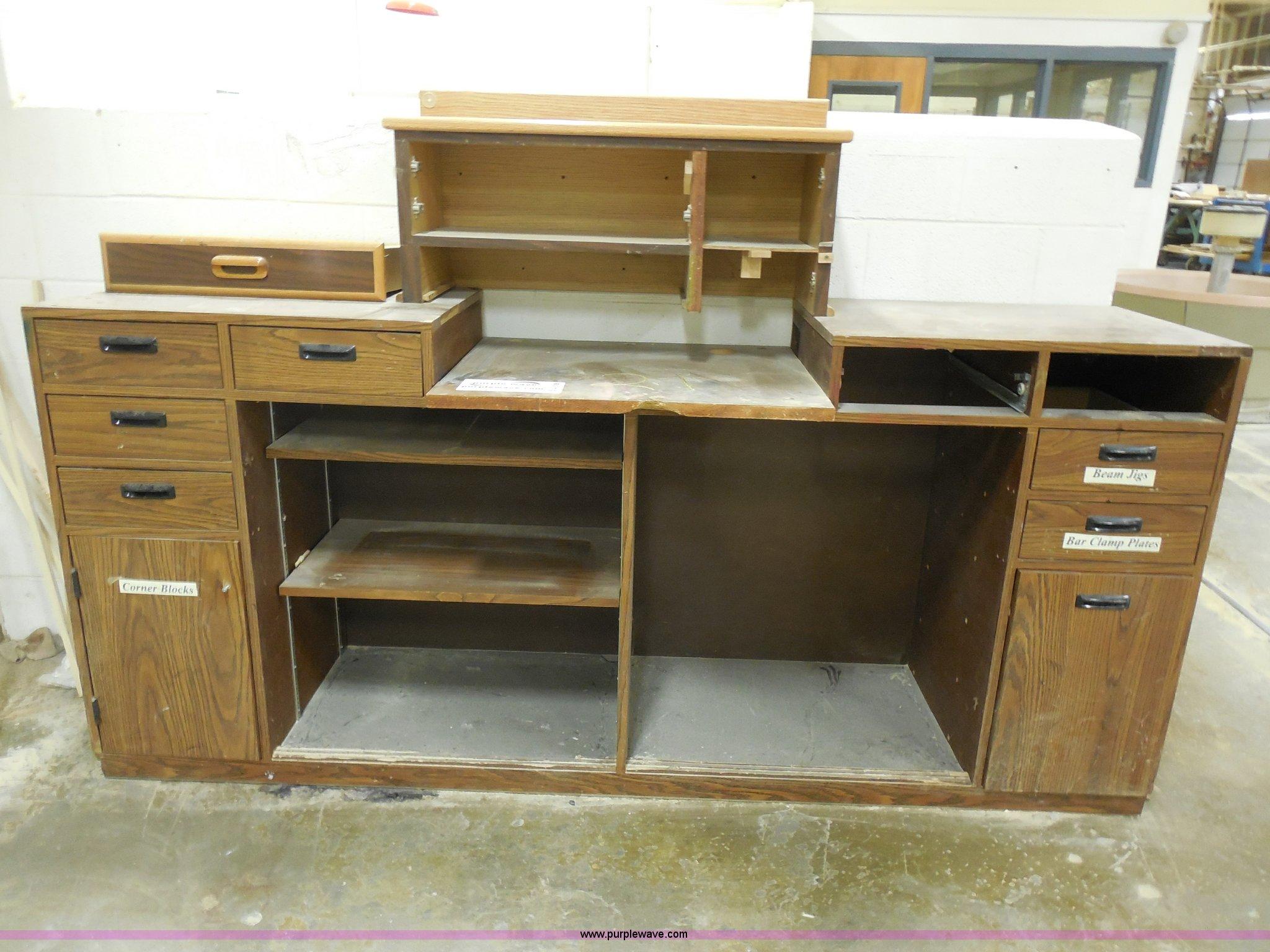 Terrific Work Bench Item A5106 Sold April 17 Midwest Auction P Beatyapartments Chair Design Images Beatyapartmentscom