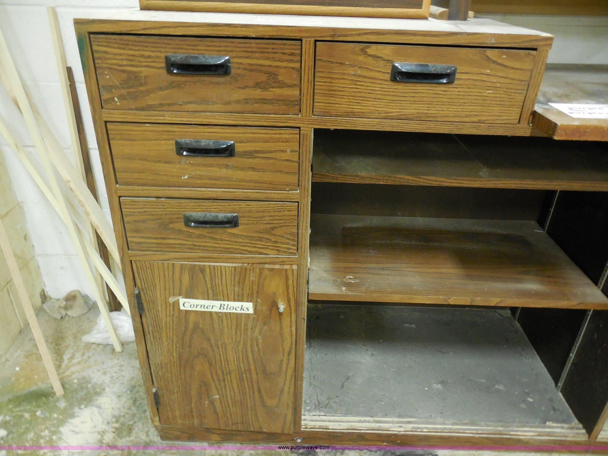 Marvelous Work Bench Item A5106 Sold April 17 Midwest Auction P Beatyapartments Chair Design Images Beatyapartmentscom