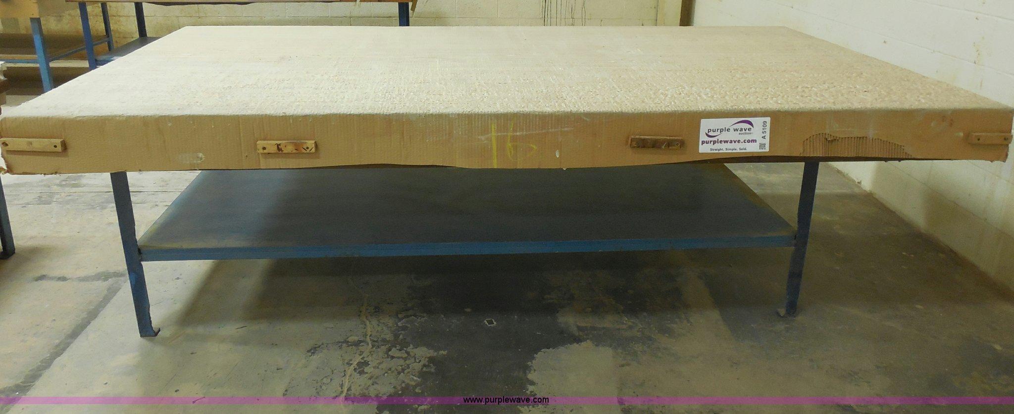 Sensational Work Bench Item A5109 Sold April 17 Midwest Auction P Beatyapartments Chair Design Images Beatyapartmentscom