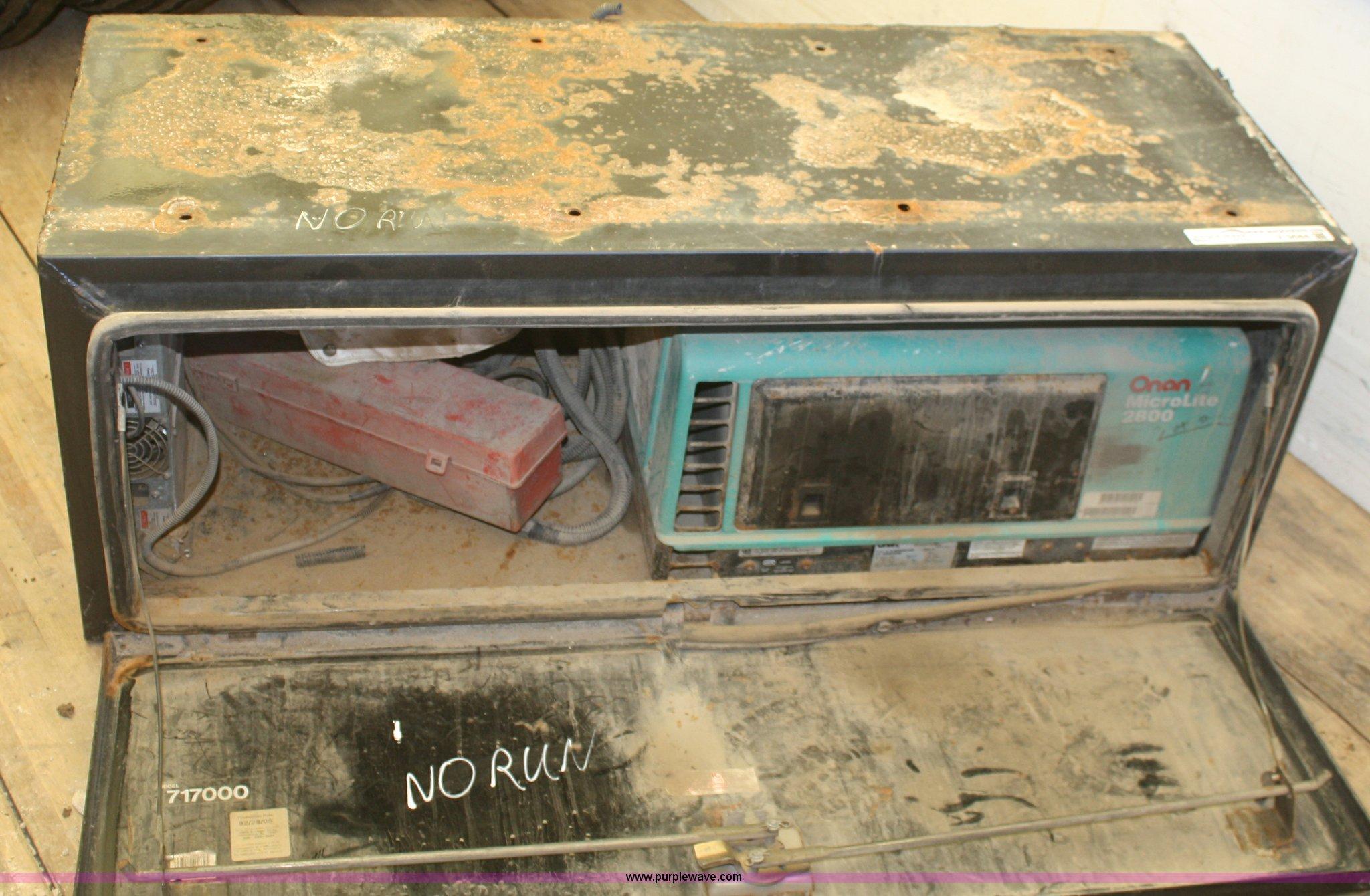 Onan Microlite 2800 generator | Item V9684 | SOLD! April 17