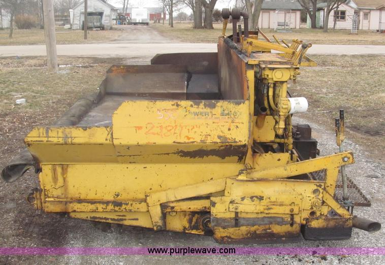 Gehl T450 power box asphalt paver | Item B5418 | SOLD! April