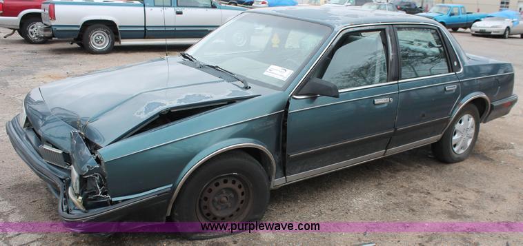 1992 oldsmobile cutlass ciera s in wichita ks item h3642 sold purple wave 1992 oldsmobile cutlass ciera s in