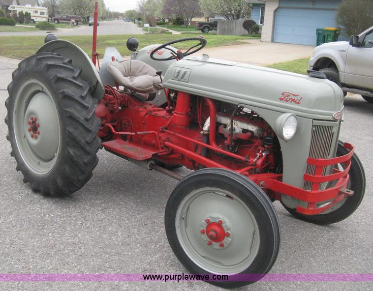 1952 ford 8n tractor item e3386 sold may 1 midwest for 8n ford tractor motor for sale