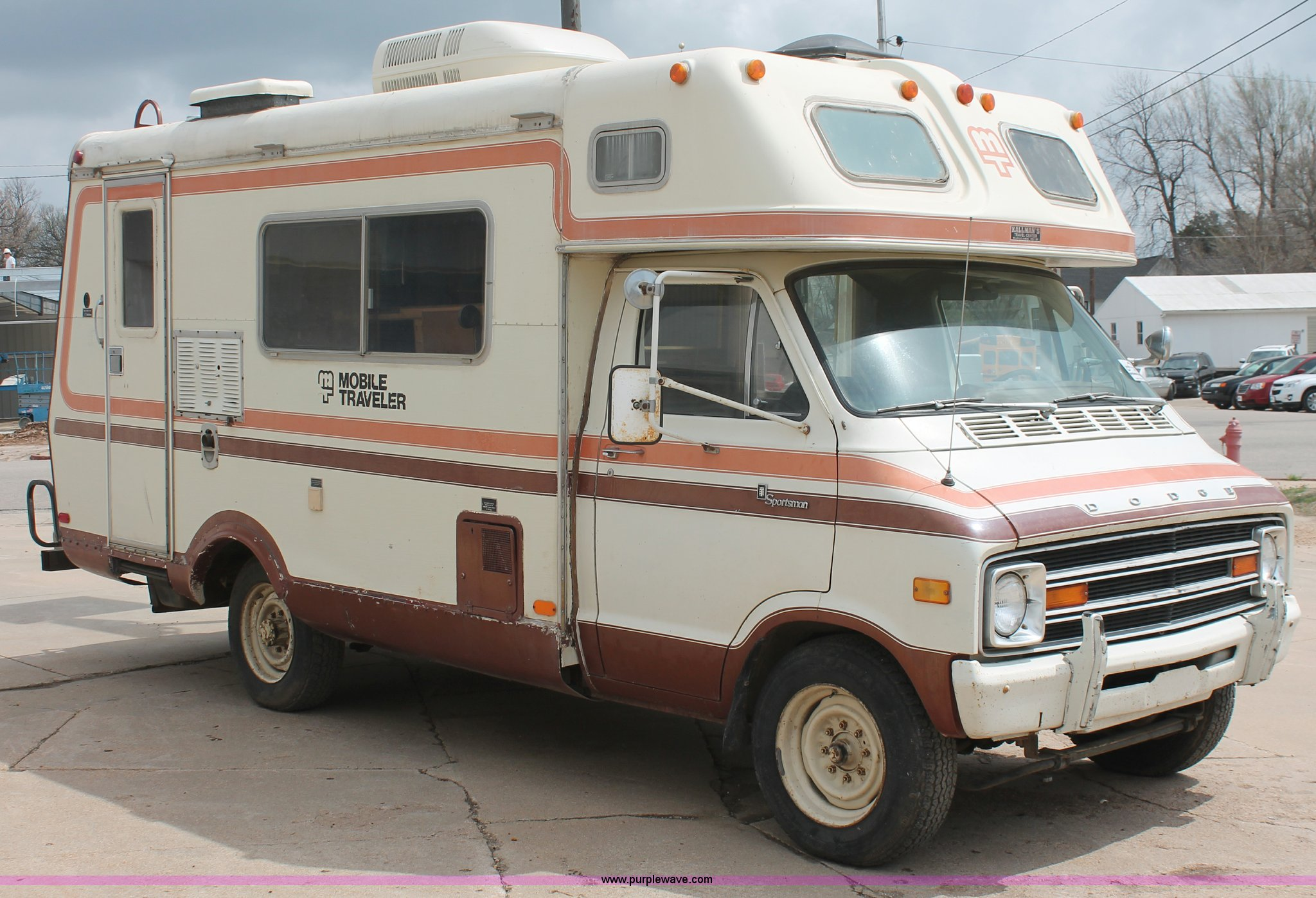 1978 Dodge F30 Sportsman Mobile Traveler Camper