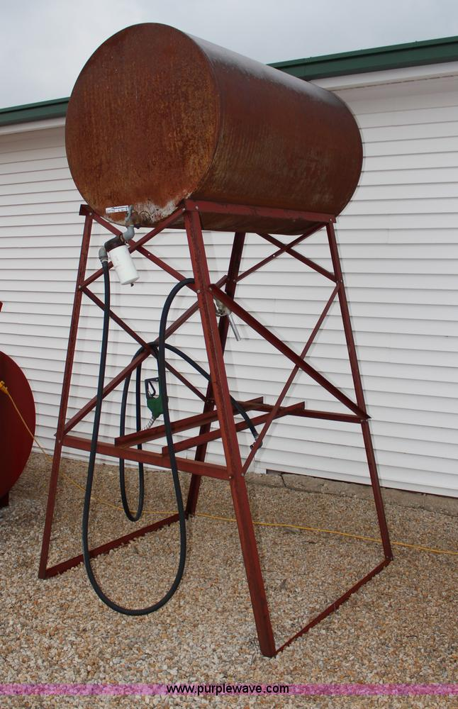 300 gallon fuel tank with stand | Item AJ9621 | SOLD! May 8
