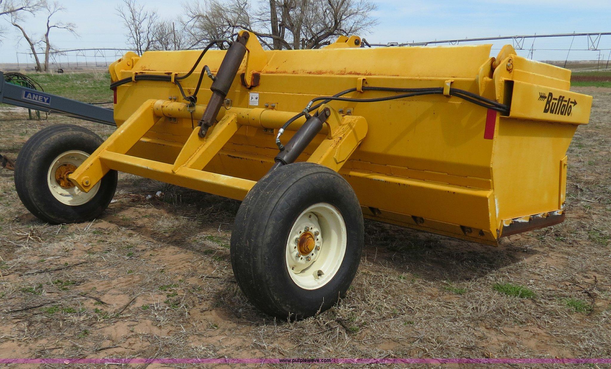 Buffalo 12' hydraulic pull type box blade | Item B4712 | SOL