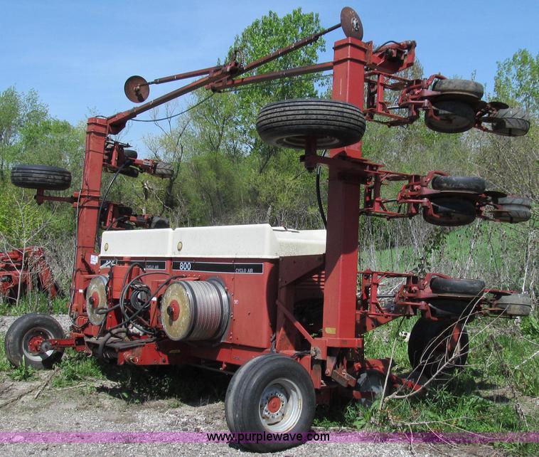 Case Ih 800 Cyclo Air Semi Mount Planter Item E3943 Sold