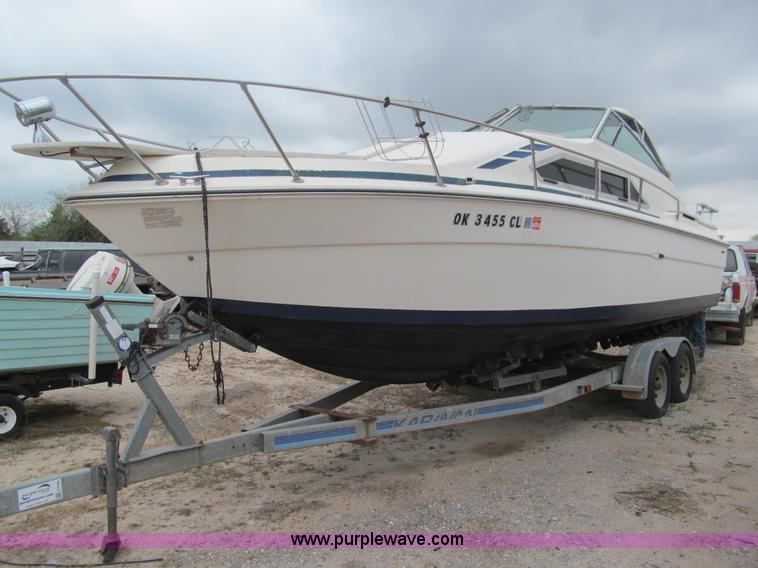 1979 Searay Sundancer 26'L cabin cruiser boat | Item E7568 |