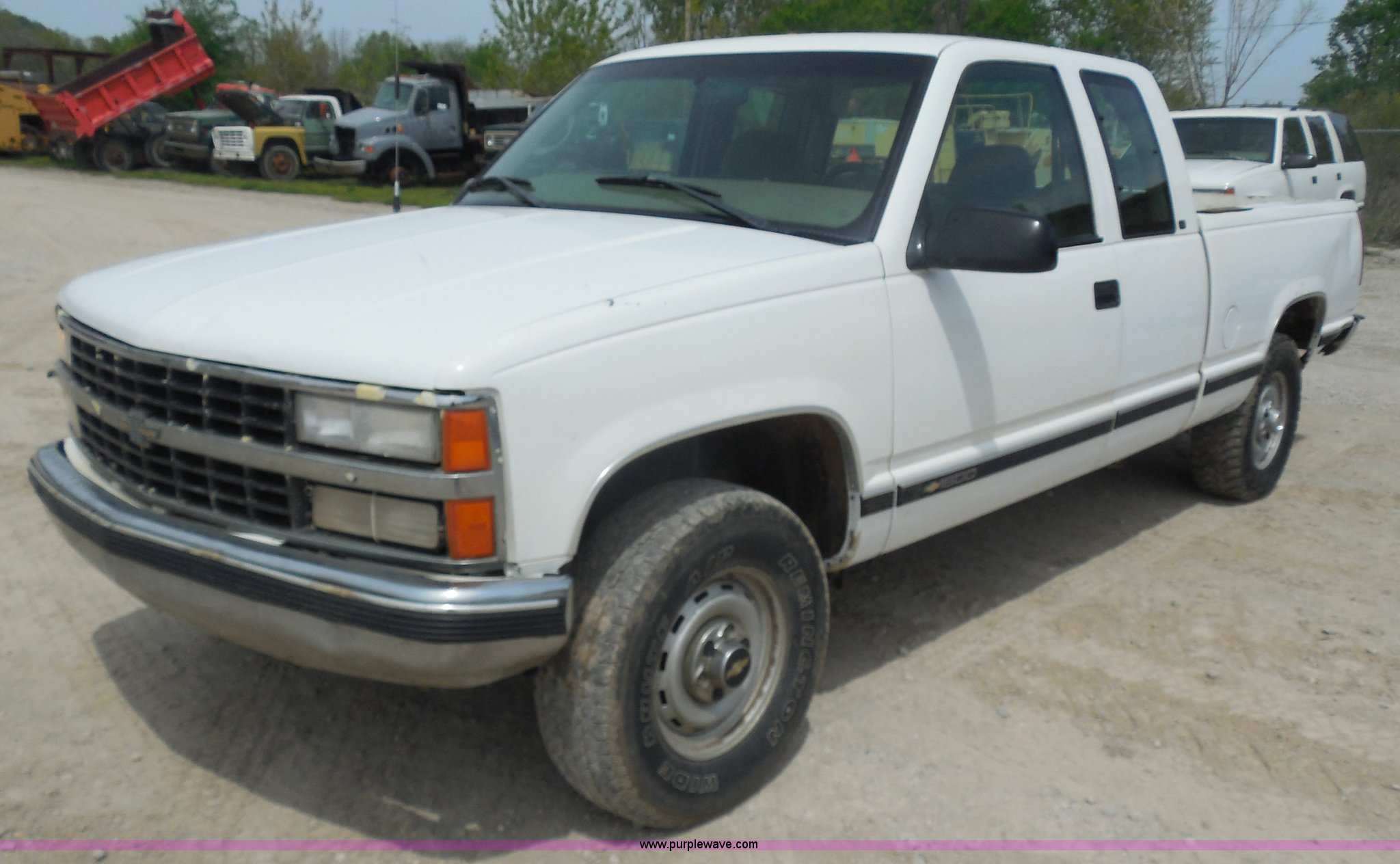 H3211 image for item H3211 1998 Chevrolet Silverado ...