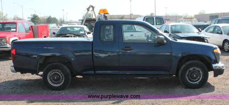 2004 Chevrolet Colorado Extended Cab Pickup Truck Item D82