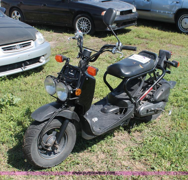 2003 Honda Ruckus Moped Item H3558 6 11 2013