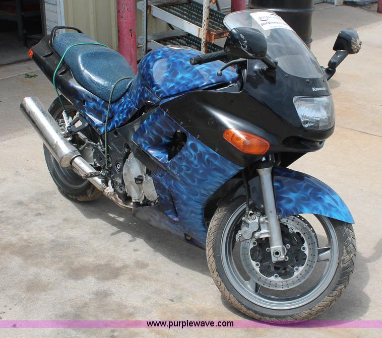 H3565 Image For Item 2003 Kawasaki Z600 E Motorcycle