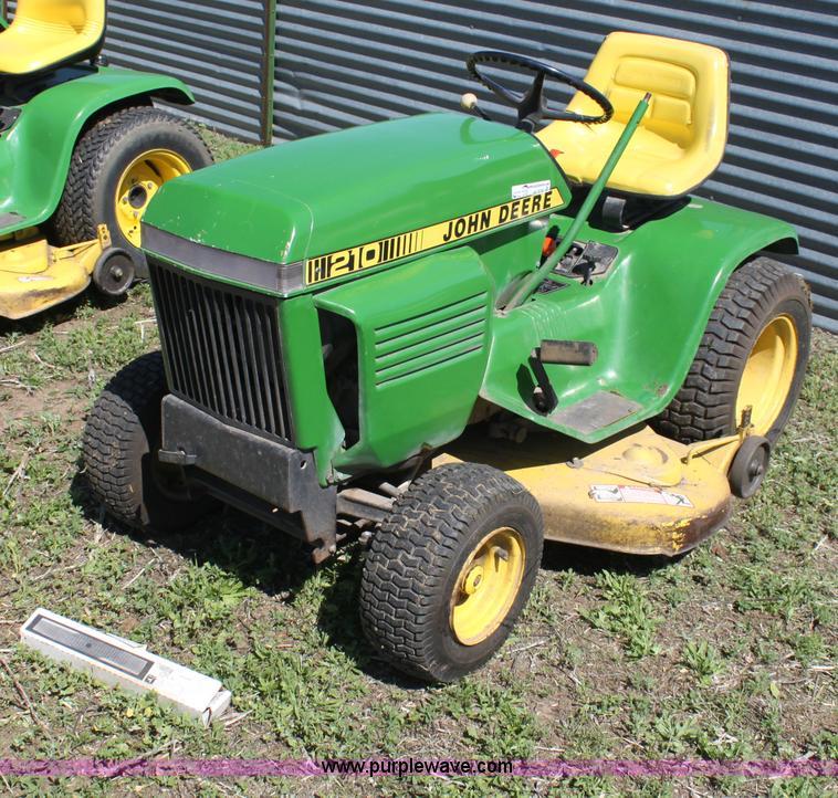 John deere 210 lawn mower item ae9246 sold june 12 for Lawn tractor motors for sale