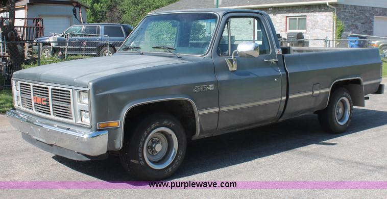1986 Gmc Sierra Classic 1500 Pickup Truck Item H3504