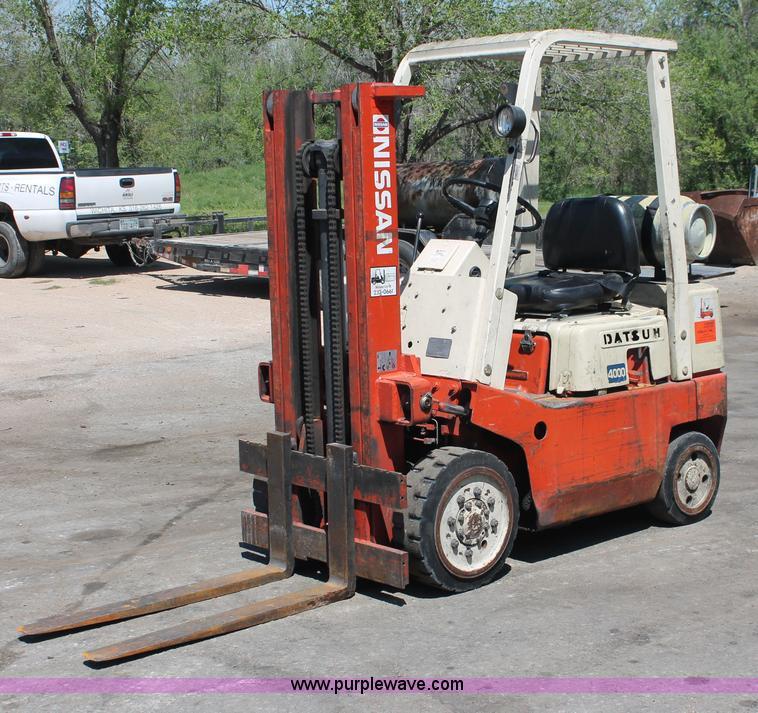 H3596 Image For Item Nissan Datsun 4000 Forklift