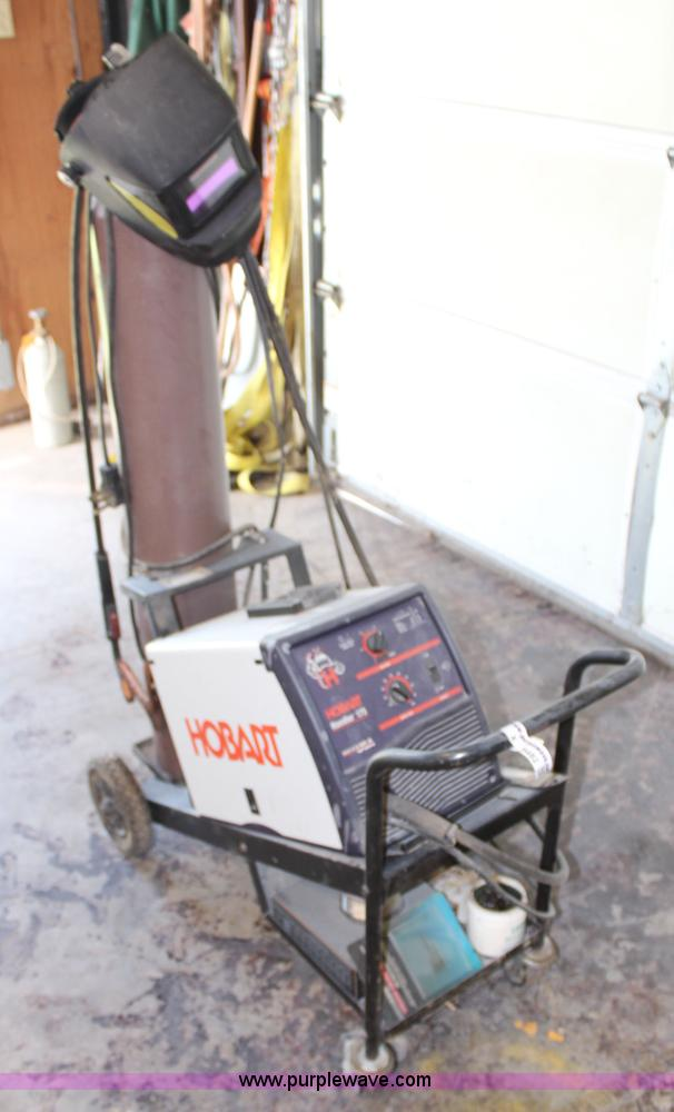 Hobart Handler 175 wire feed welder | Item X9482 | SOLD! Jun...