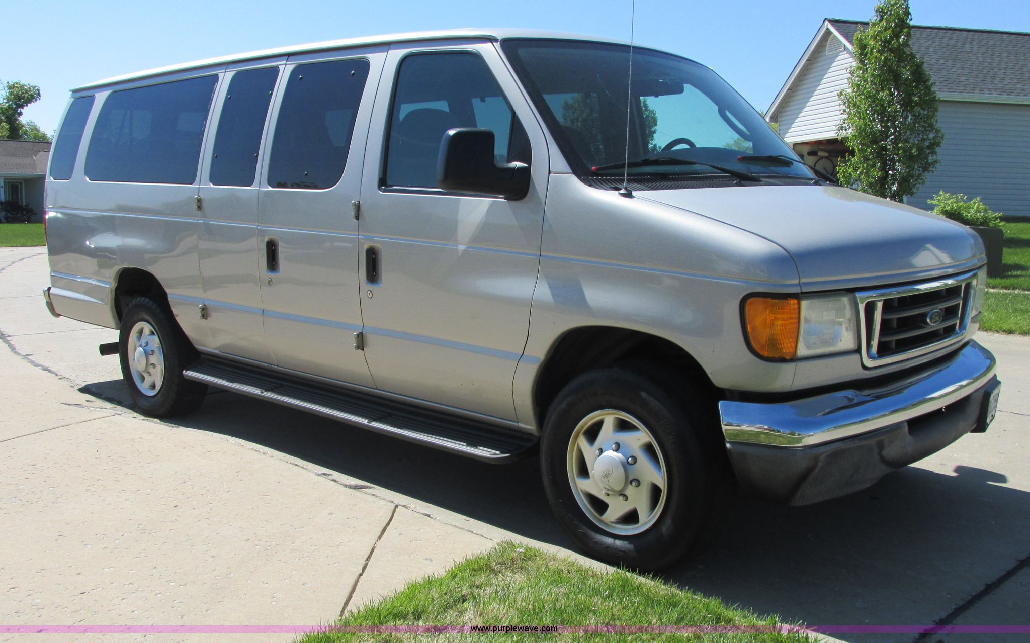 it size auction window item extended super passenger ford new full van duty in xlt