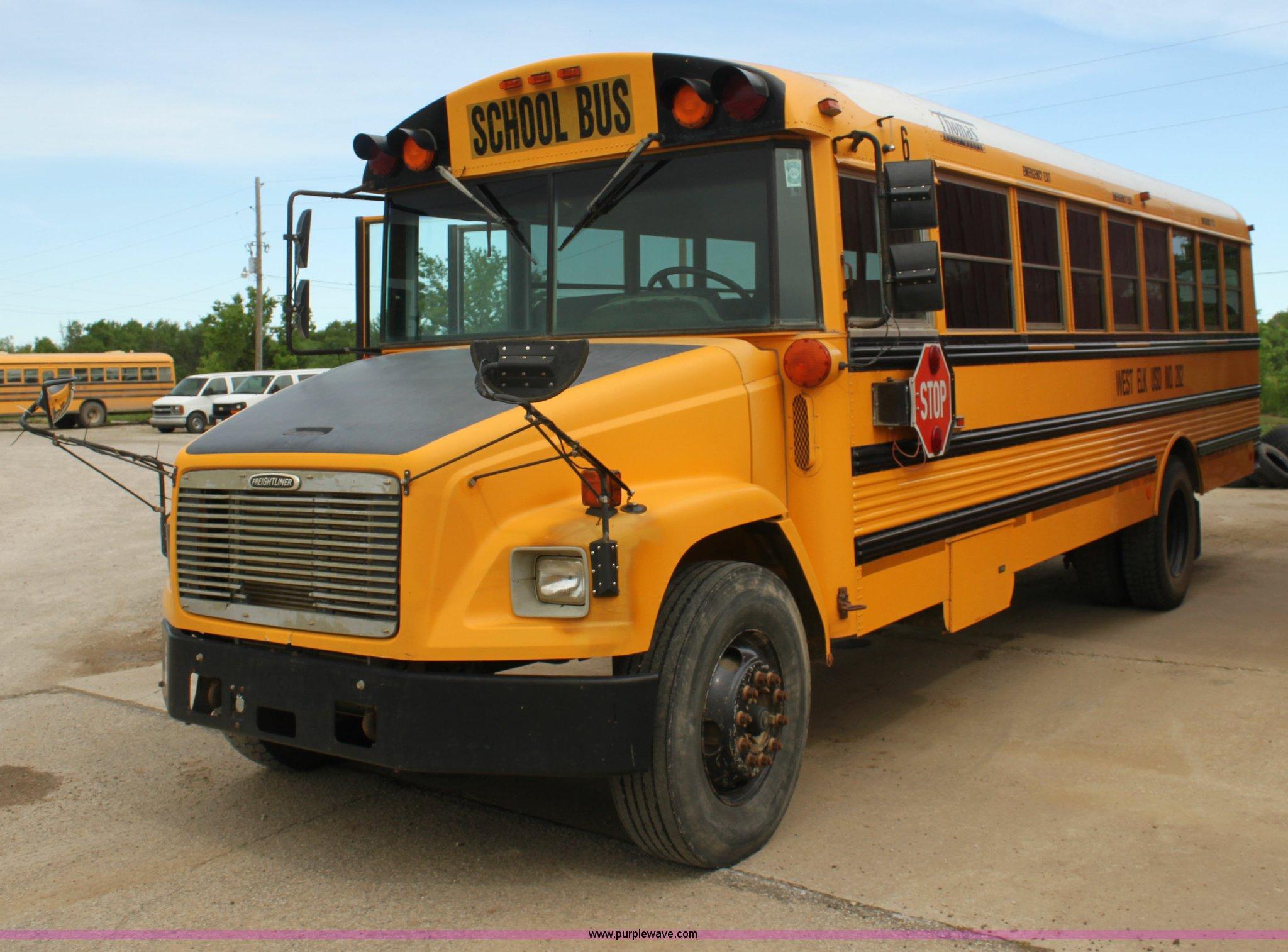 2001 Freightliner FS65 Thomas Built bus | Item E8490 ...