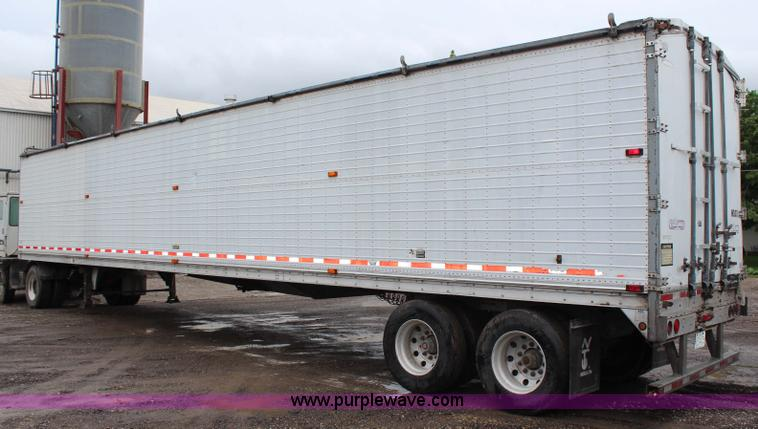 ... G5209 Image For Item G5209 1999 Wilson Pace Setter With Keith Walking  Floor Unloading System