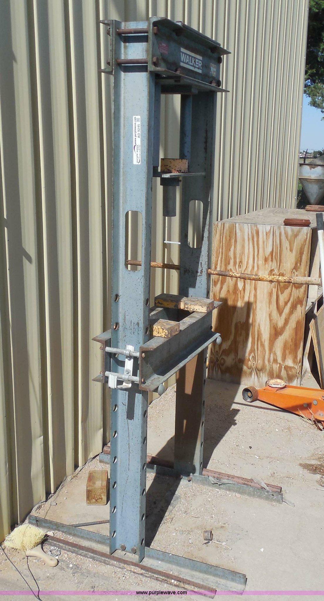 Walker 25 ton hydraulic press | Item AD9245 | SOLD! Rick's L