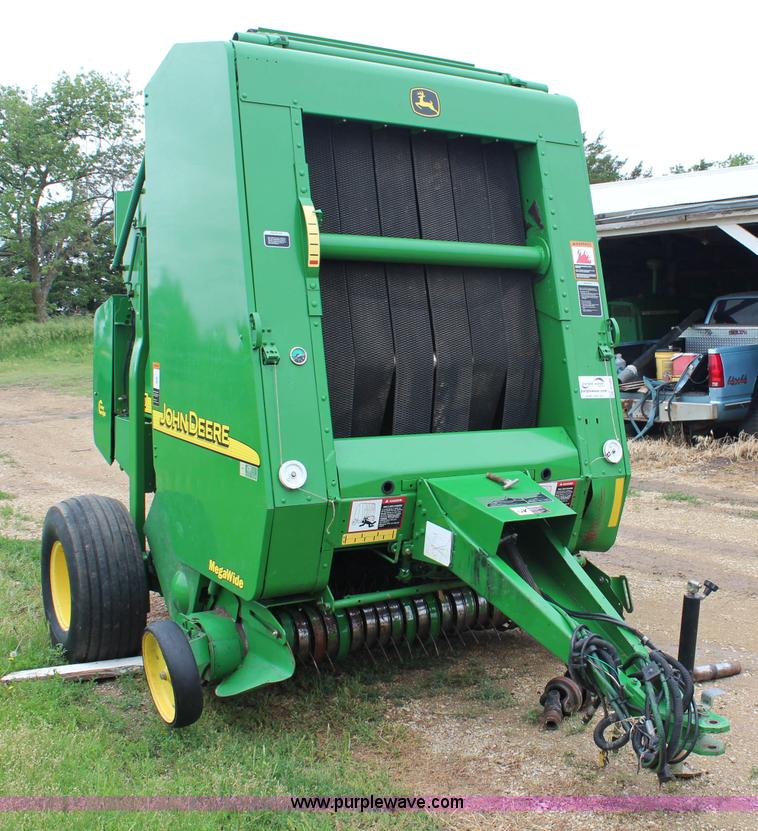 John Deere 467 round baler | Item G5083 | SOLD! June 26 Ag E