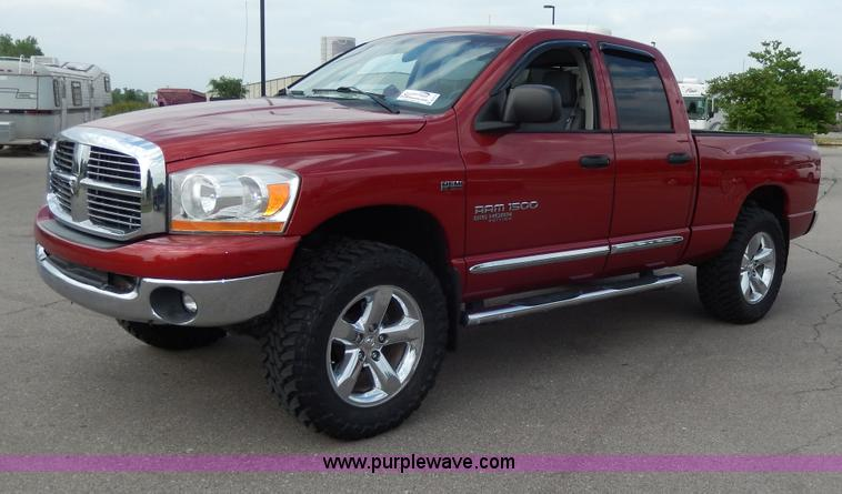 2006 dodge ram 1500 slt big horn edition quad cab pickup. Black Bedroom Furniture Sets. Home Design Ideas