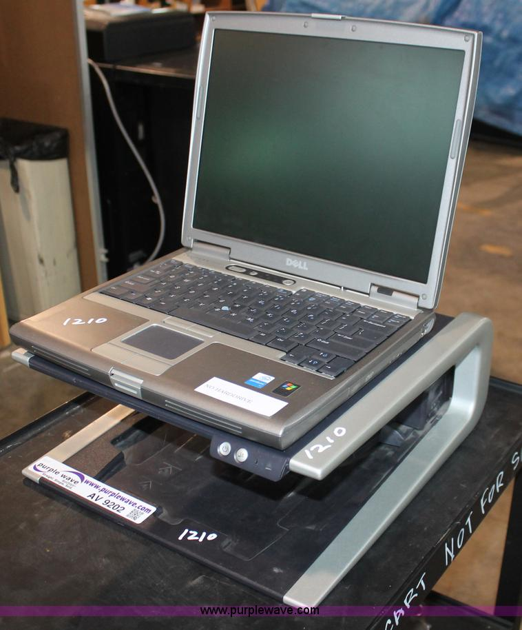 Dell Latitude D610 Laptop Computer With Docking Station It