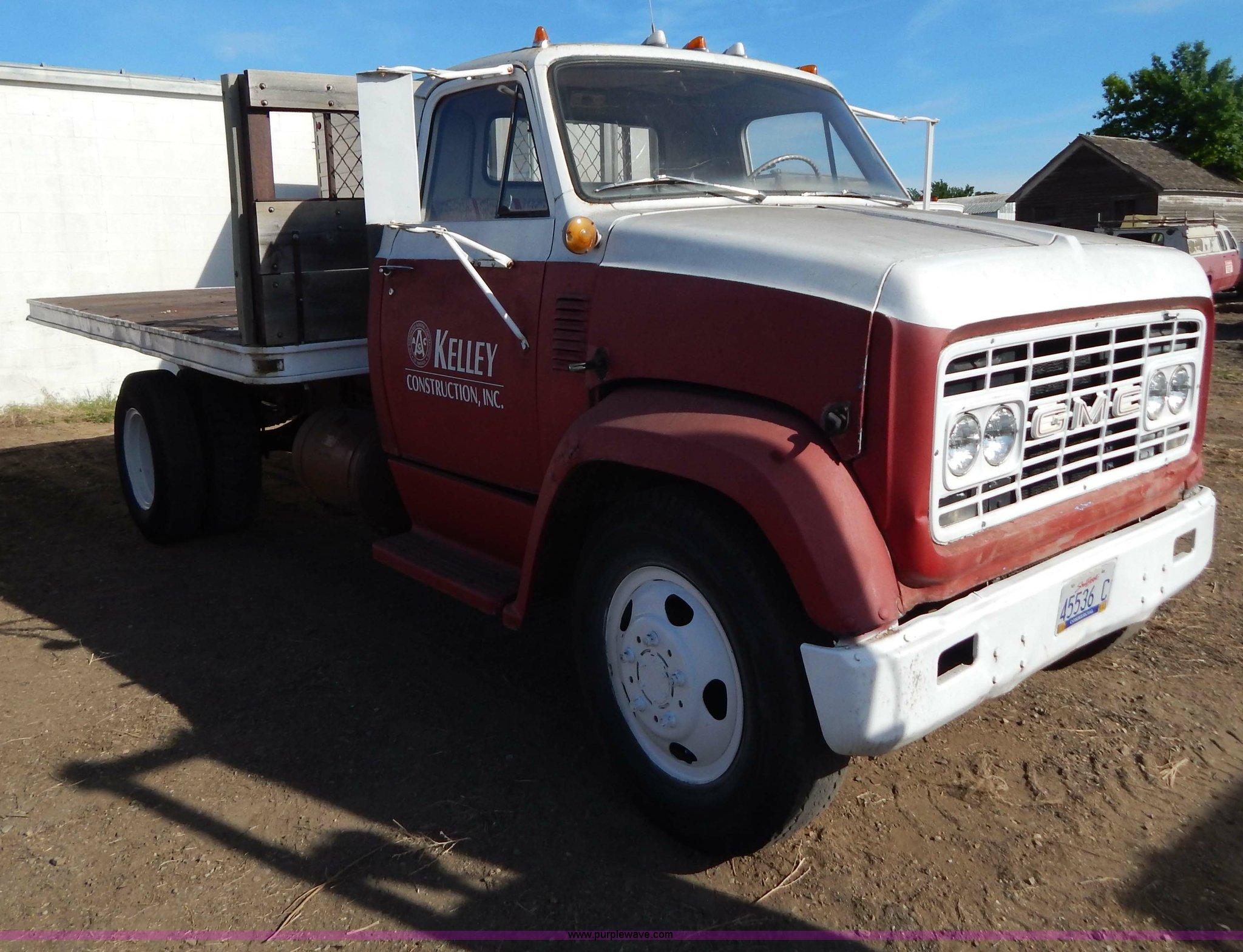 1967 GMC flatbed dump truck | Item I4495 | SOLD! Constructio