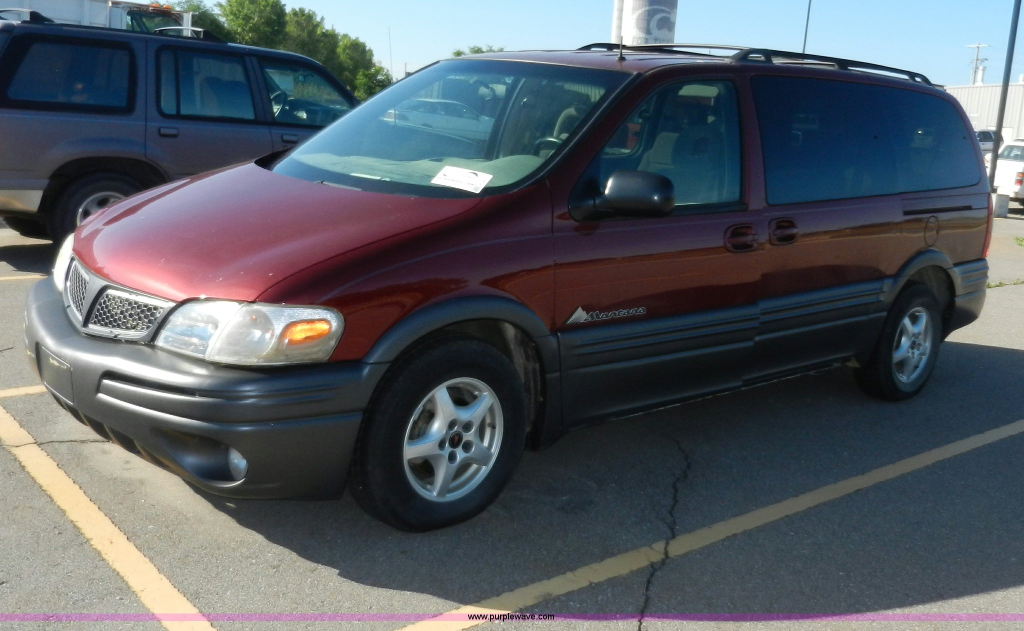 2001 pontiac montana van in manhattan ks item h3075 sold purple wave 2001 pontiac montana van in manhattan