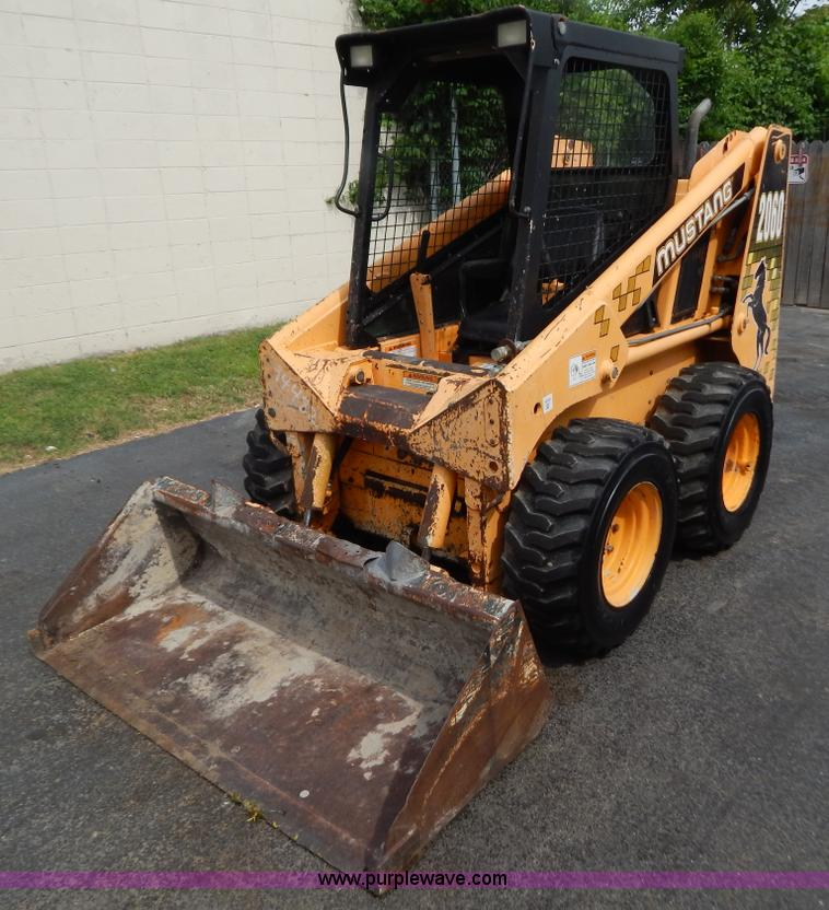 1996 Mustang 2060 skid steer | Item F4026 | SOLD! July 25 Co