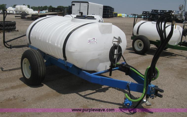Schaben pull behind sprayer | Item D8439 | SOLD! July 31 Ag
