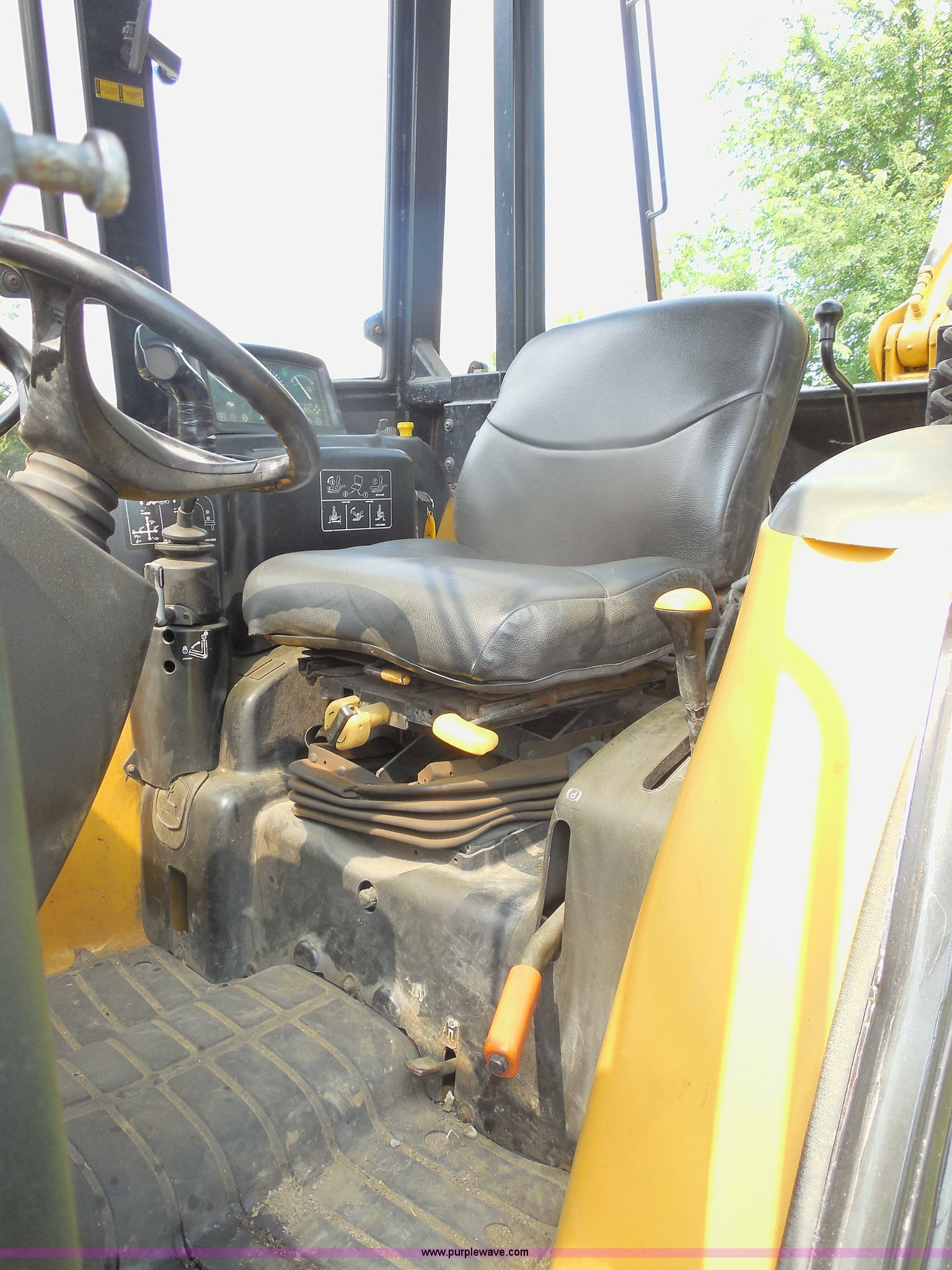 John Deere 110 Backhoe Seats : John deere tlb tractor loader backhoe item