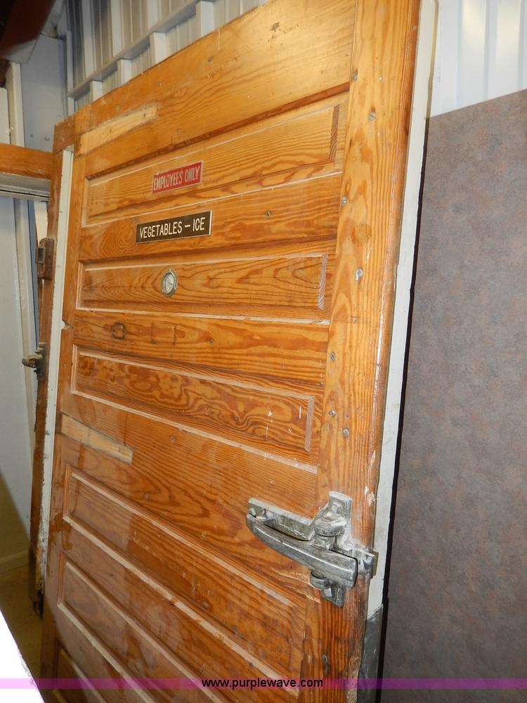 ... AS9380 image for item AS9380 (2) Jamison wood walk-in freezer doors and jams & 2) Jamison wood walk-in freezer doors and jams   Item AS938...
