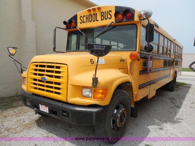 d5976 image for item d5976 1995 ford thomas b800 school bus