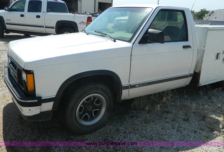1993 Chevrolet S10 utility truck | Item G7905 | SOLD! August