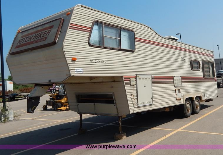 I4470 1984 nuwa hitchhiker 28 5' fifth wheel camper item i4470 wiring diagram nuwa hitchhiker ii 1995 at aneh.co