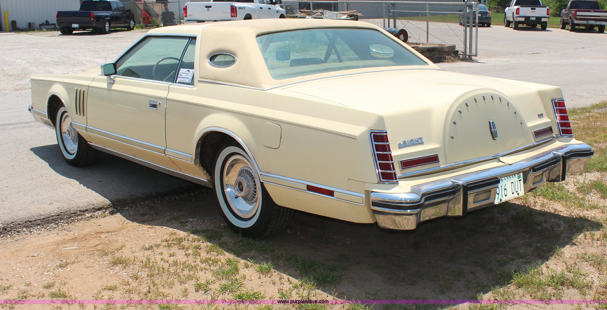 1977 Lincoln Continental Mark V | Item G5497 | SOLD! August