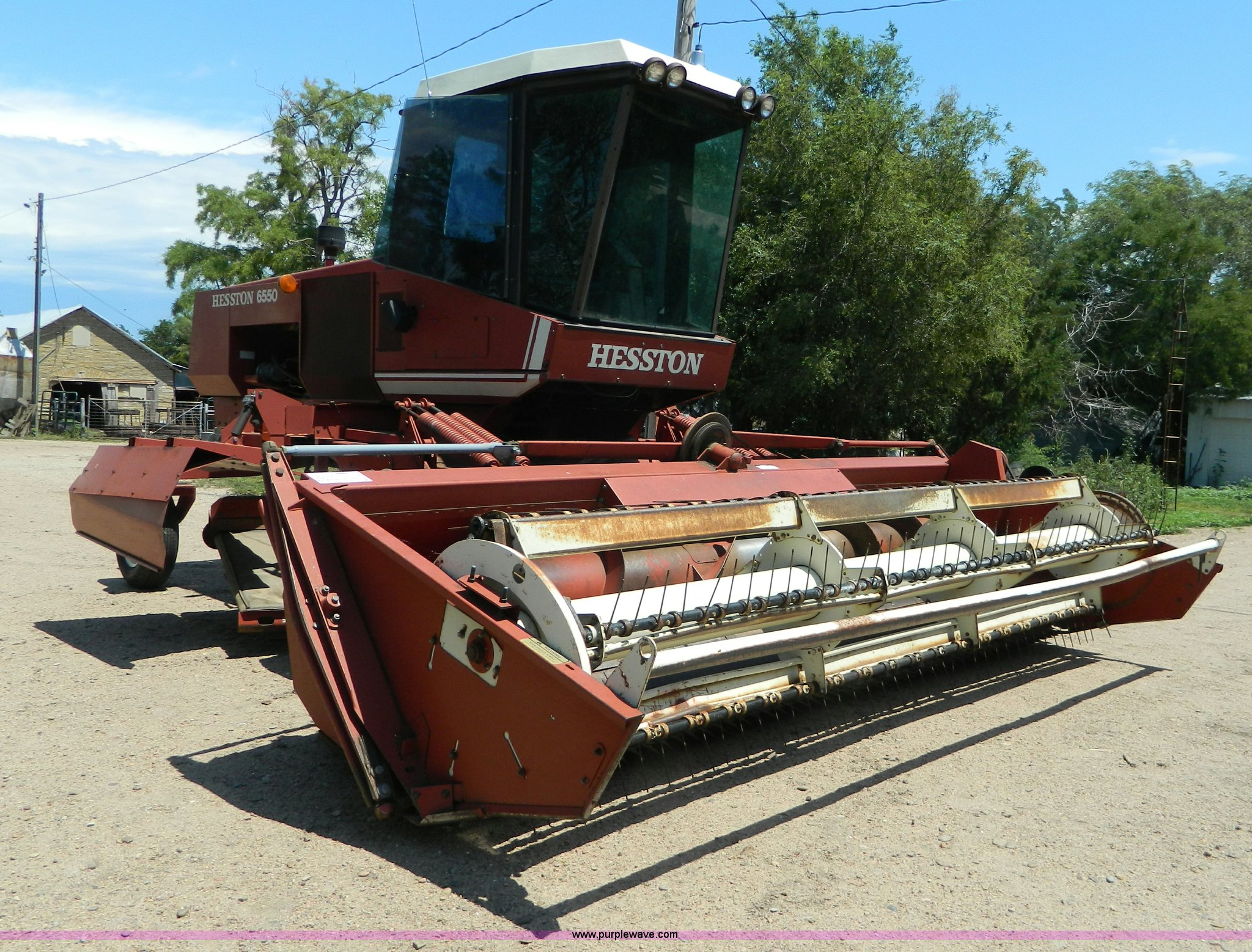 ... Hesston 6550 self-propelled swather Full size in new window ...