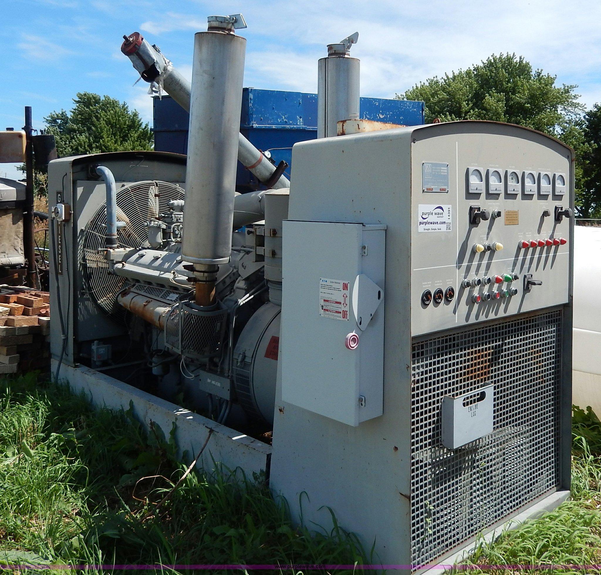 General Motors portable sel generator Item I4391