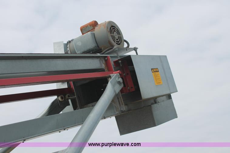 Cardinal BC10 seed conveyor | Item I7839 | SOLD! August 27 C