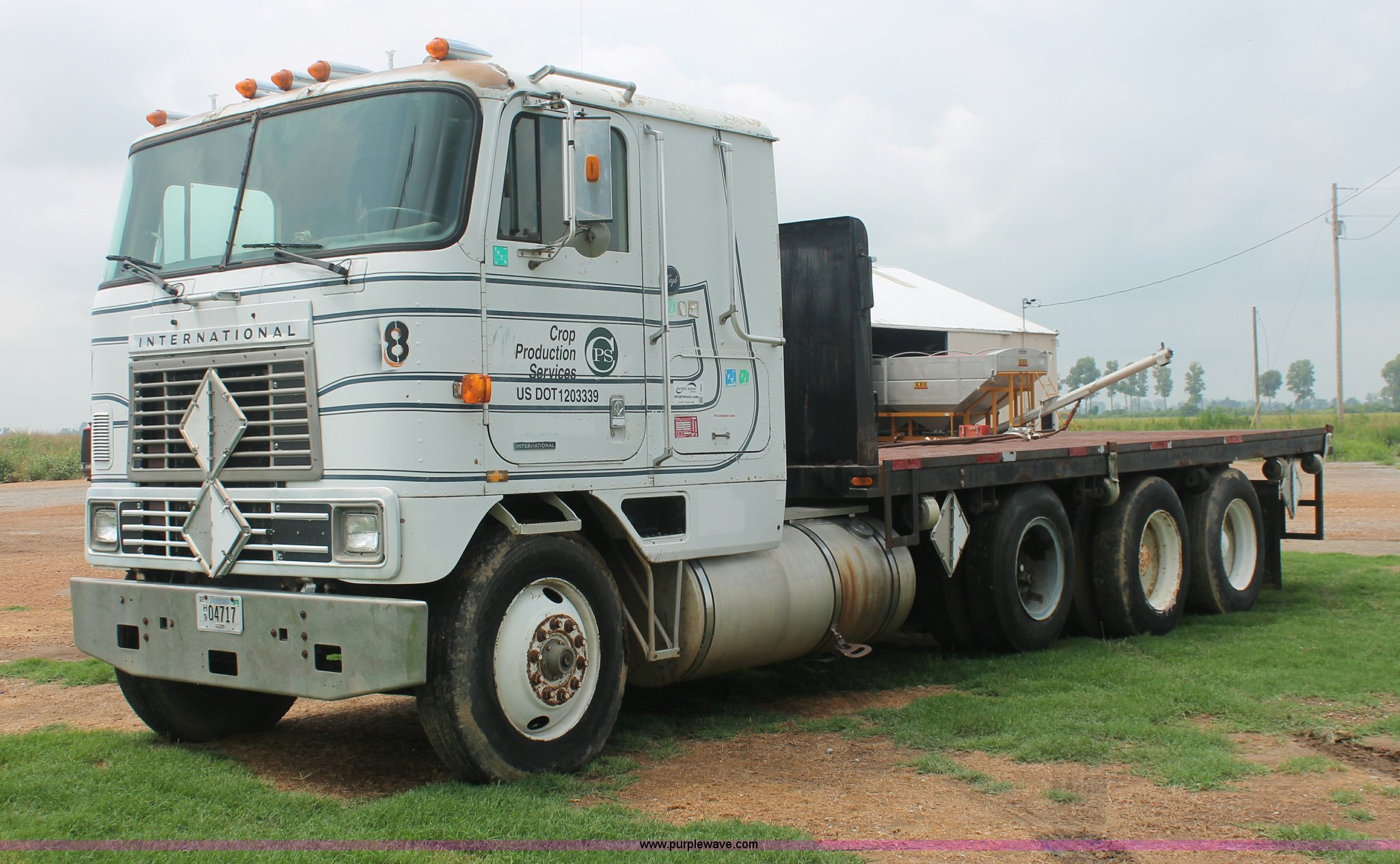Tri Axle Cabover : International eagle cab over tri axle flatbed truck