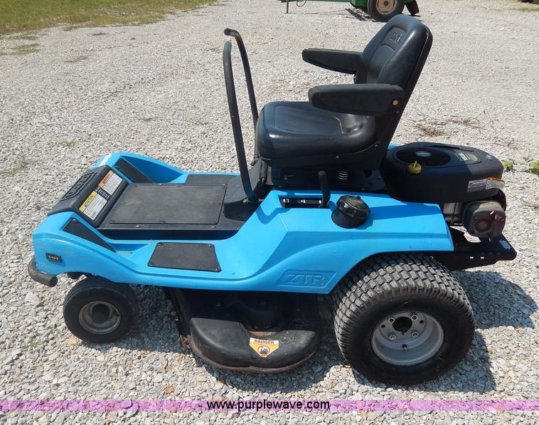 Dixon 4423 Ztr Lawn Mower Item Aw9656 Sold September