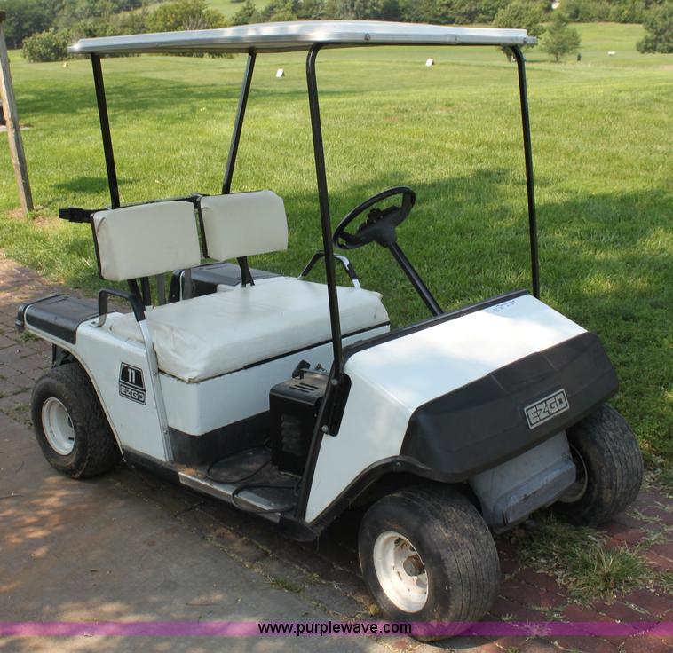 Textron EZ-GO golf cart | Item AE9124 | SOLD! September 10 G... on old ez go golf cart, ez go golf cart covers, ez go utility carts, 3 wheel ez go golf cart, ez go electric golf cart, ez go golf cart models years, ez go total charger, ez go golf cart tires, ez go golf cart parts, 2002 ez go golf cart, 19 72 ez go 3 wheeled golf cart, ez go golf cart manufacturer, ez go jacobsen golf cart,