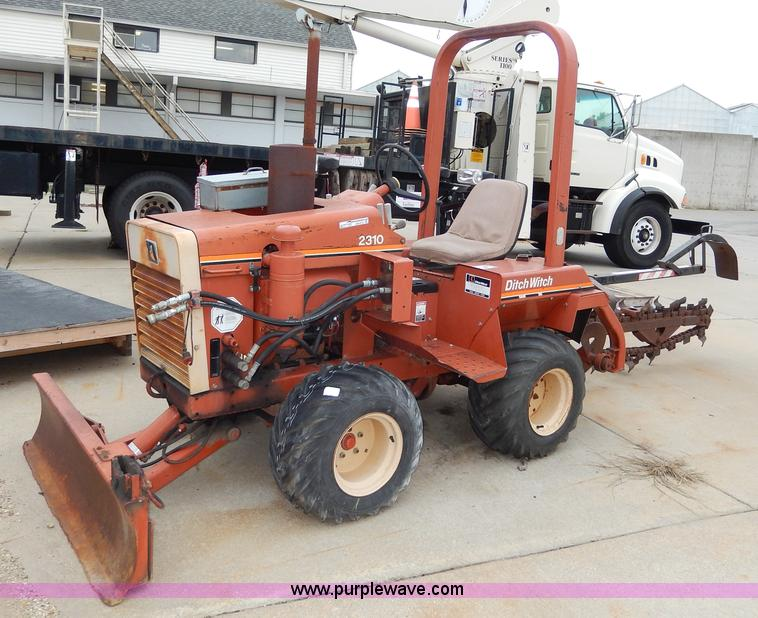 1988 ditch witch 2310 trencher item aw9741 sold septemb rh purplewave com ditch witch 2310 manual for sale