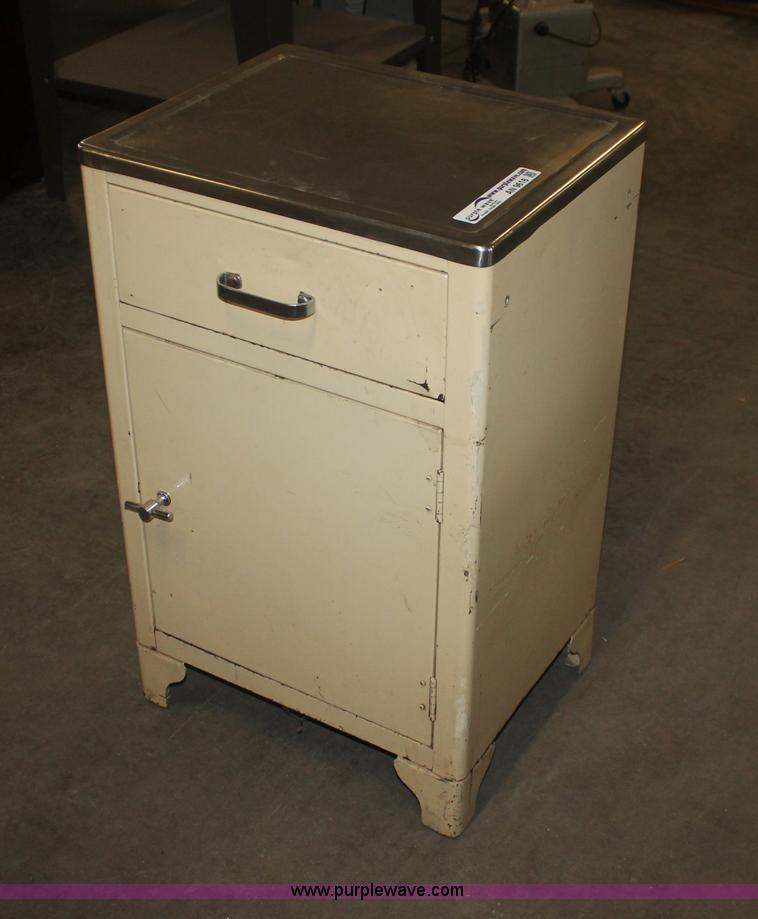 AN9618 Image For Item AN9618 Vintage Medical Cabinet