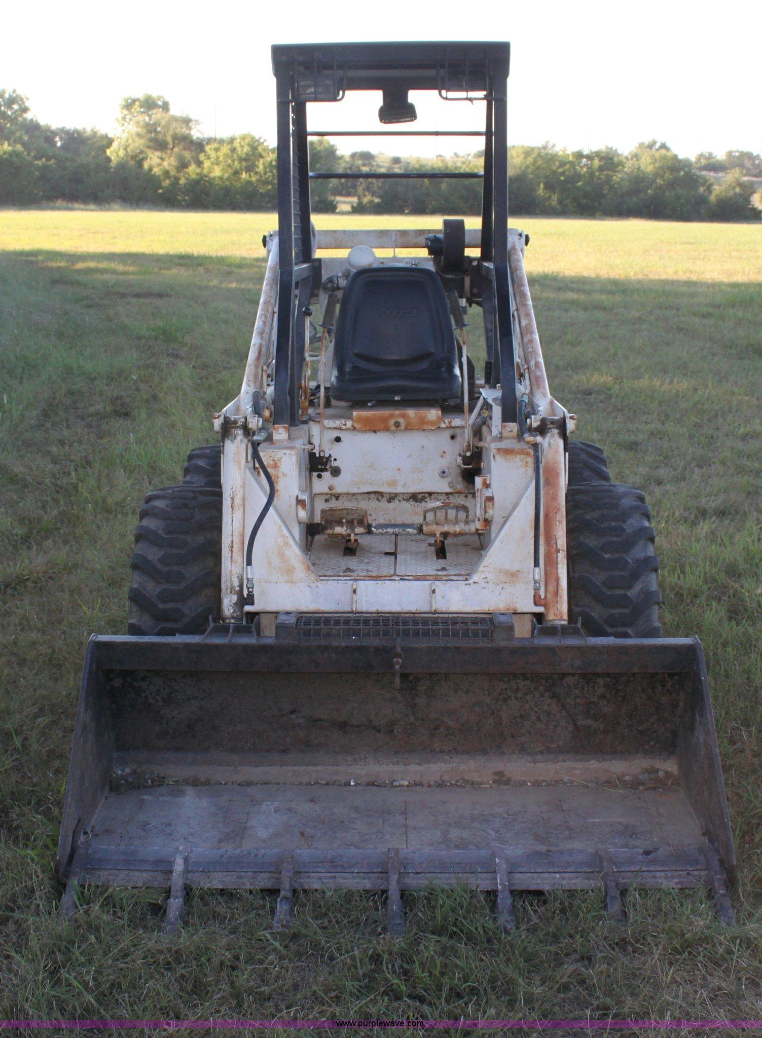 Bobcat 610 skid steer | Item H7353 | SOLD! September 25 Ag E