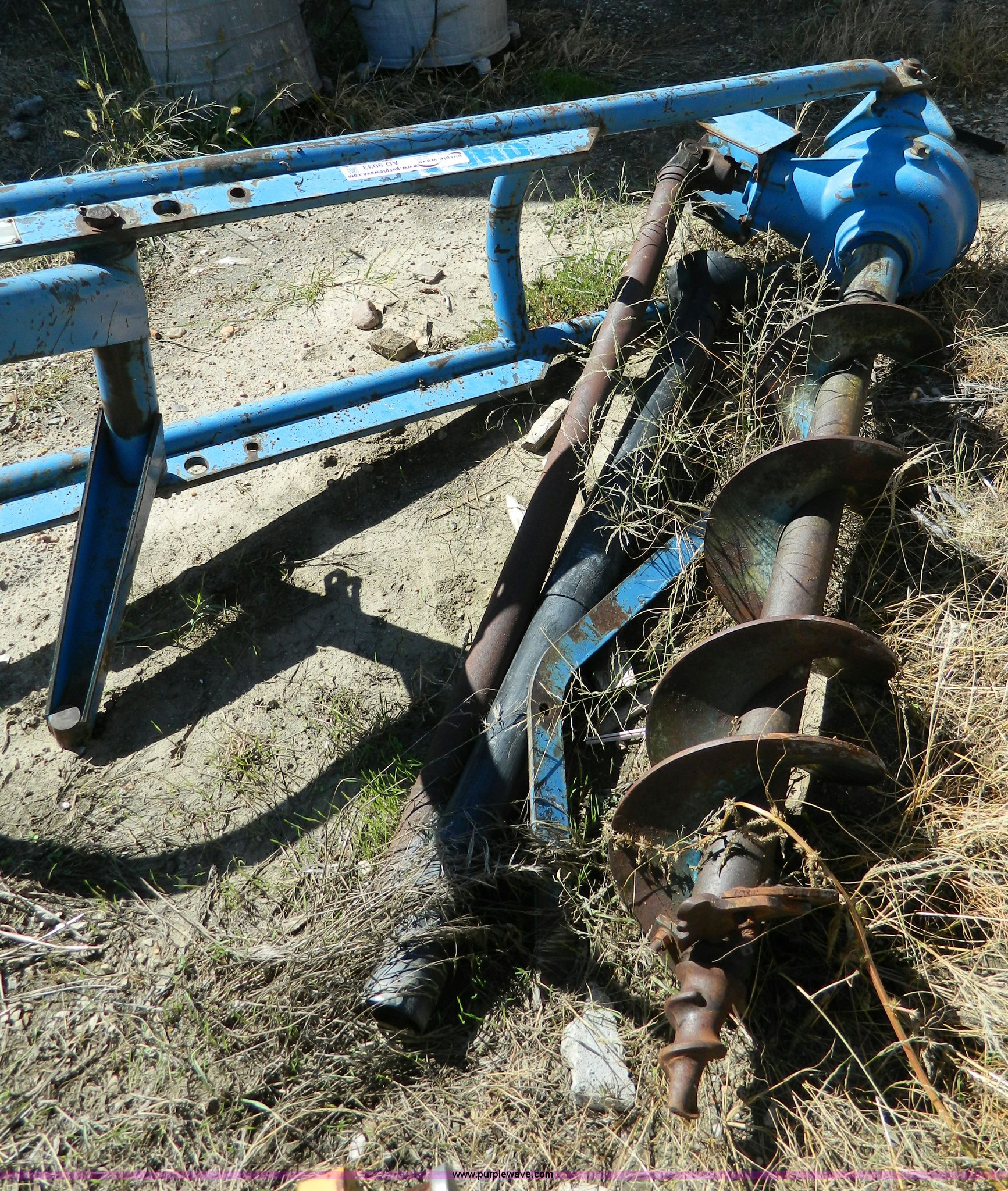 Ford 903 post hole digger   Item AD9033   10-8-2013
