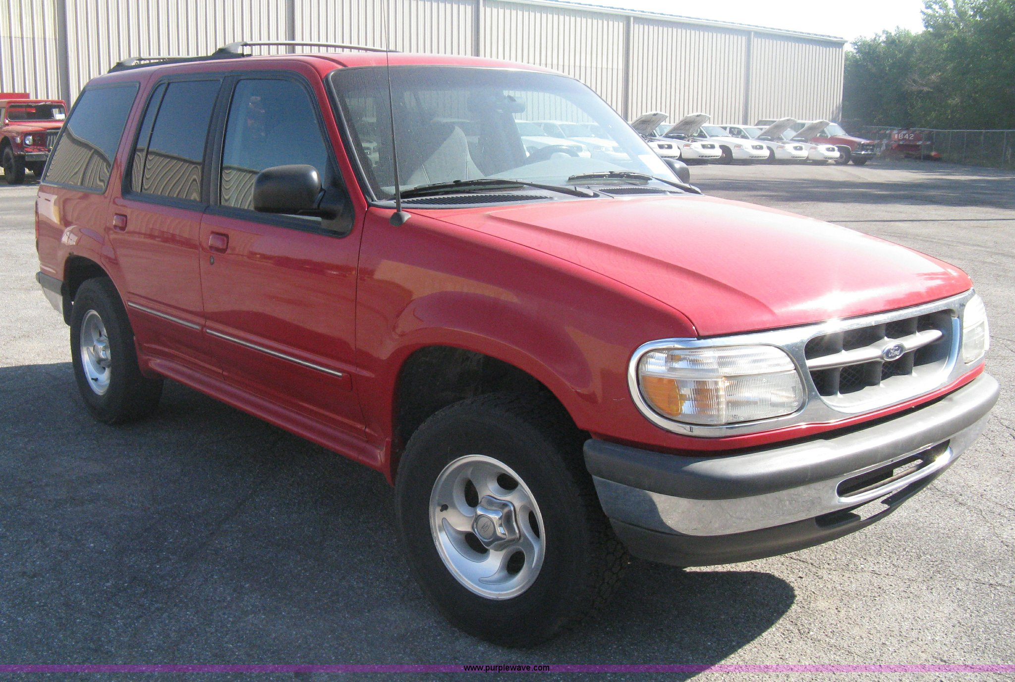H6432 image for item h6432 1998 ford explorer